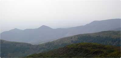 五路山 位于山西左云境内,山上历史文化遗迹众多